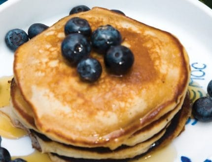 pancakes-with-blueberries-01