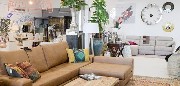 Der Große, Vielseitige Descanshop Im Industriegebiet Son Bugadelles Verfügt  über Eine Breite Auswahl An Möbeln Für Drinnen Und Draußen, Sowie Diverse  ...
