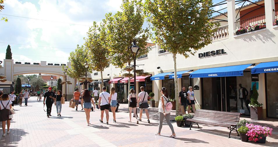 Sueño áspero Fielmente estoy de acuerdo  Mallorca Fashion Outlet - abcMallorca giving you the best experience of  Mallorca