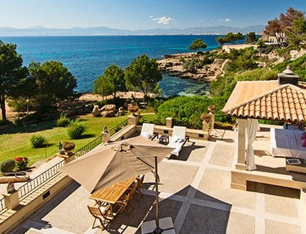Luxury villa in Cala Blava