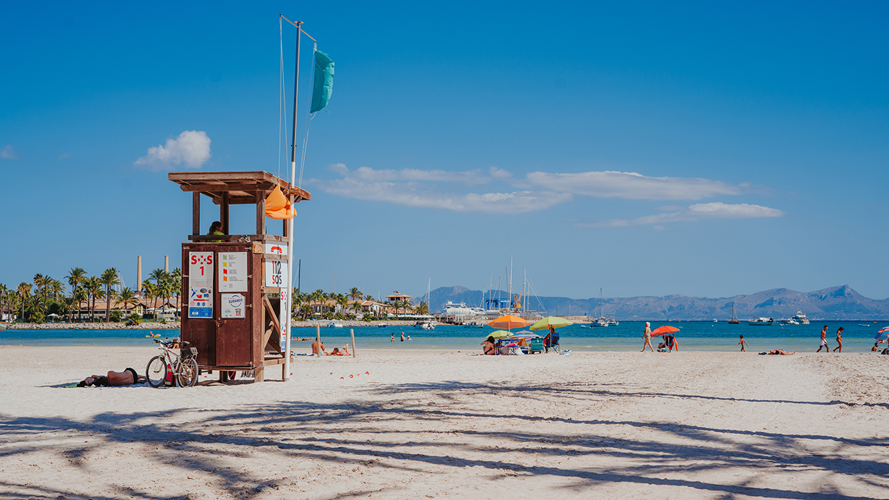 playa de alcudia abcmallorca erleben