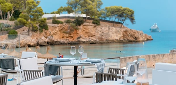20 luxury hotels with great restaurants on mallorca all for Design hotels auf mallorca
