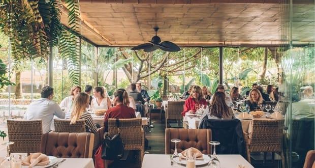 Mahal Tandoori hosts abcMallorca Business Lunch