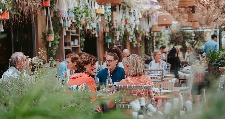 Neni Restaurant hosts abcMallorca Business Lunch